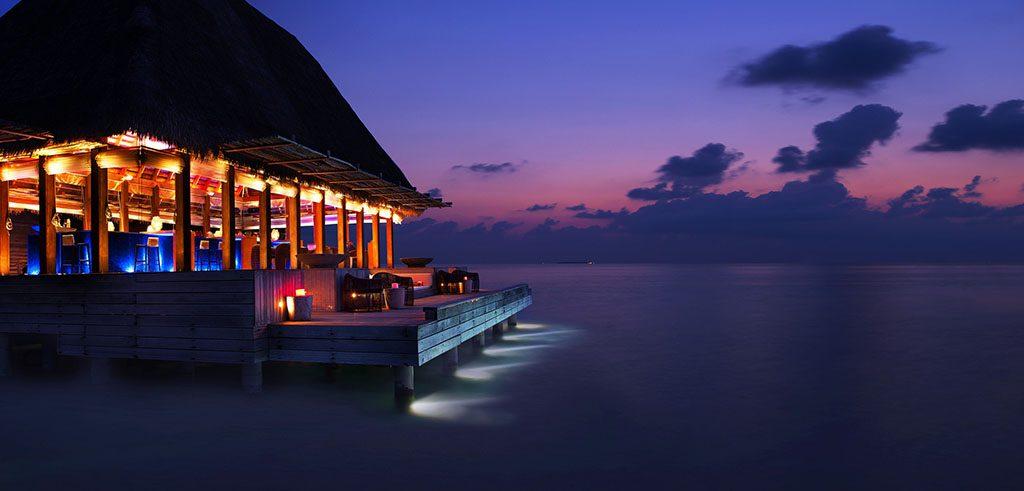 w hotels maldives lounge bar